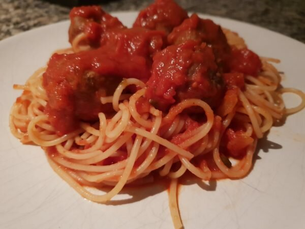 An image to depict Slimming World Friendly pork meatballs in a tomato sauce